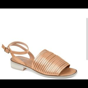 Journee Collection Louise Sandal